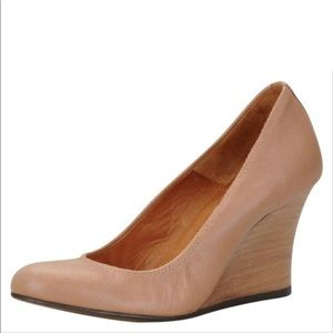Lanvin Ballerina Wedge Pump Heel Tan Beige 38.5